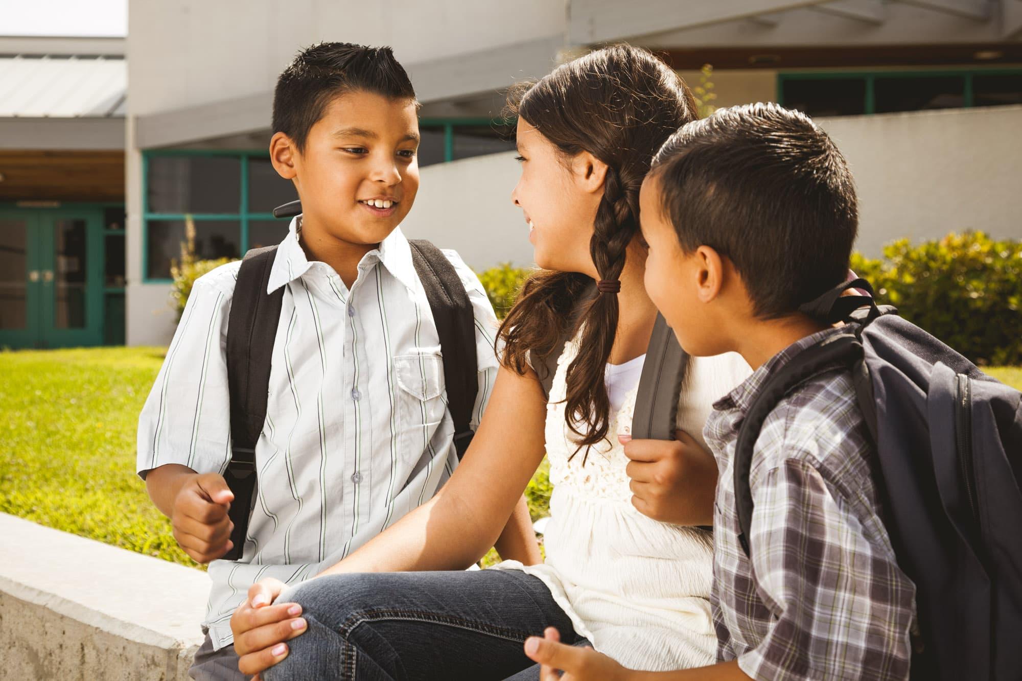 3Latinomiddleschoolkids2boys1girl